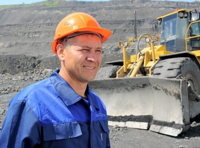 Машинист бульдозера, Кузбассразрезуголь